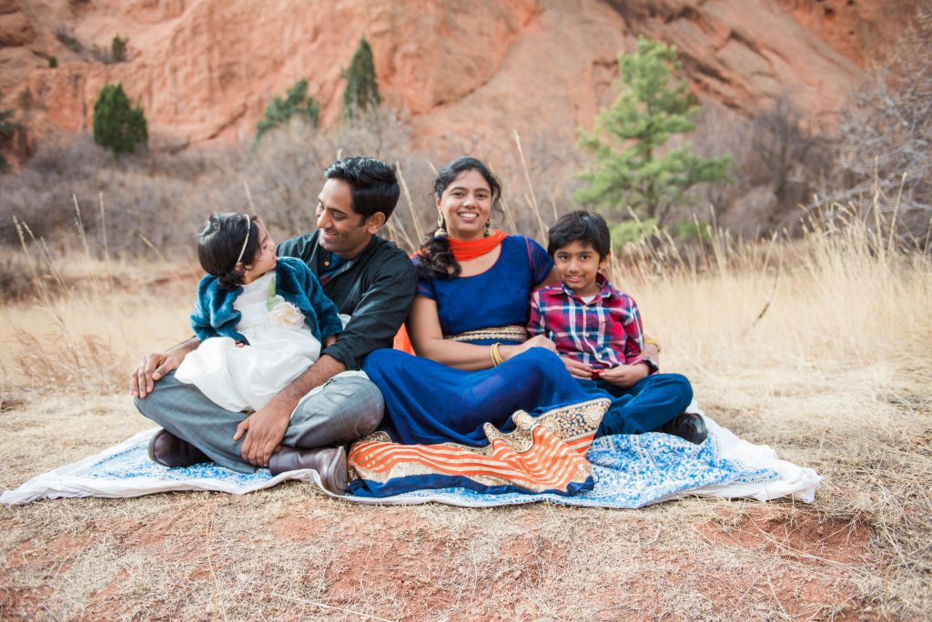 family session outfit ideas, photography session outfit ideas, cute outfits for photography session, family photography in the woods, woods family session, woods family photogrphy, mathews winters park family session, mathews winters park family photos, cute family photos, indian family photos, indian family outfit ideas, indian family session pictures