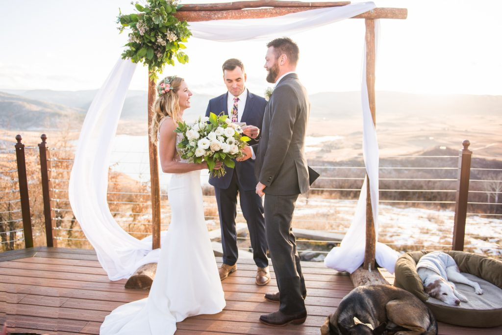 colorado wedding photos, steamboat spring wedding, Bella Vista Estate Steamboat springs, colorado wedding inspiration, boho wedding inspiration, boho colorado wedding, boho bride and groom, colorado mountain elopement, colorado wedding inspo, white floral inspiration, modern chic wedding, DIY wedding arch, wedding arch, dogs in wedding, mountain wedding