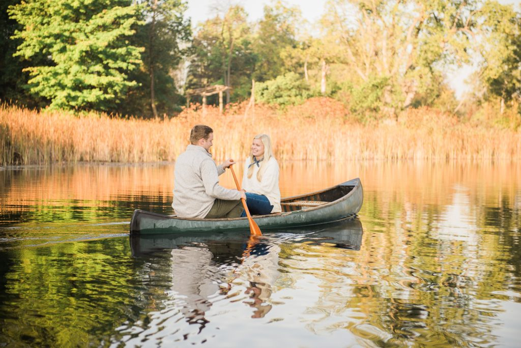 Engagement session on a lake, rochester ny engagement session, mendon ponds park engagement photos, sunrise engagement session, sunrise photos, sunrise photos on a lake, canoe engagement session, engagement session in a canoe, canoe sunrise photos, cute engagement session poses, engagement session outfit ideas, simple outfit ideas, outfits for fall engagement session