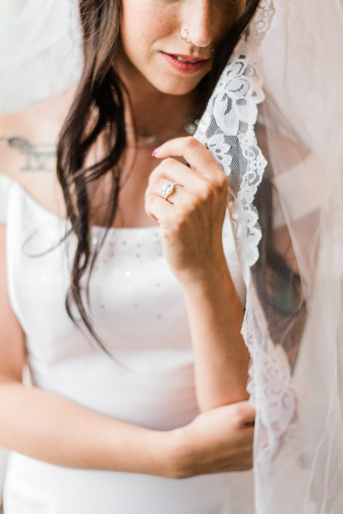 colorado boho wedding photography, colorado boho wedding, allison ranslow photography, adventure wedding photography, colorado adventure wedding photography, colorado adventure elopement photography, boho bridal details, classic wedding gown, simple wedding florals, simple wedding dress, bridal veil, cathedral length bridal veil, cathedral veil, tatted bride