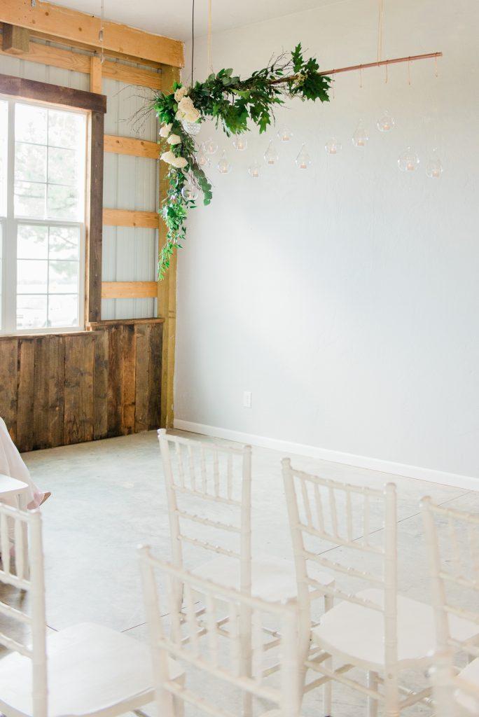 allison ranslow photography, adventure wedding photography, colorado adventure wedding photography, colorado adventure elopement photography, boho bridal details, classic wedding details, simple wedding florals, greenery wedding arch